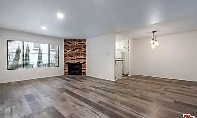 Living Room, 1640 S Bentley Ave 2, 0