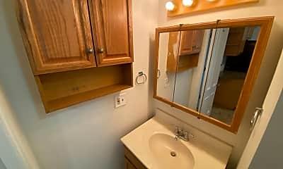 Bathroom, 542 5th Ave, 2