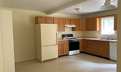 Kitchen, 470 Hwy 282, 1