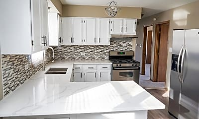 Kitchen, 2111 S 4th Ave C, 1
