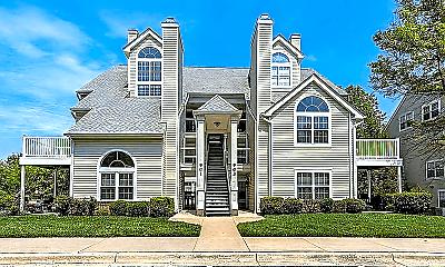 Building, 903 Hillside Lake Terrace, 0