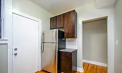 Kitchen, 3008 W Ainslie St 3N, 1