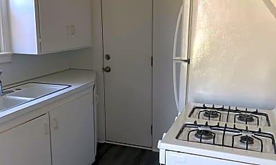 Kitchen, 706 S Abilene Ave, 2