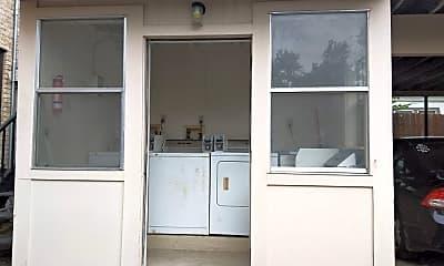 Kitchen, 127 W Craig Pl, 2