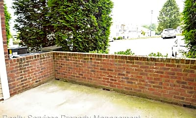 Building, 623 Wyndhurst Dr, 2