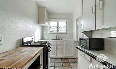 Kitchen, 147 W Ivy St, 0