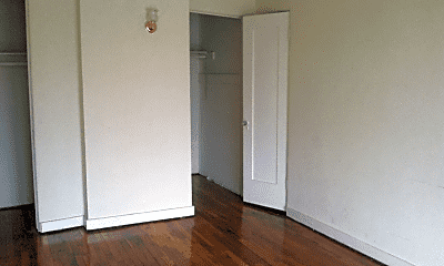 Bedroom, 657 S Cochran Ave, 2