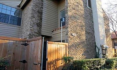 Building, 333 Melrose Dr 30A, 0