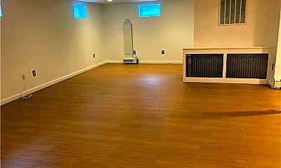 Living Room, 95 Eastwood Rd, 2