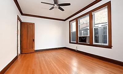 Bedroom, 5307 W Montrose Ave, 1
