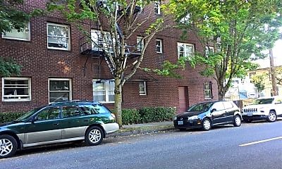 Queen Anne Apartments, 2