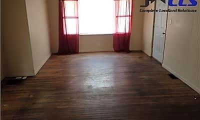 Living Room, 829 Park St, 1