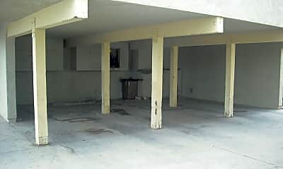 Building, 2520 El Dorado Ave, 2