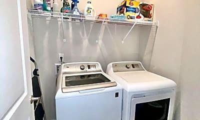 Living Room, 22938 Ann Miller Rd, 2