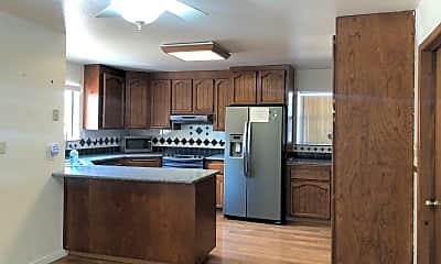 Kitchen, 4318 Heinz Ln, 1