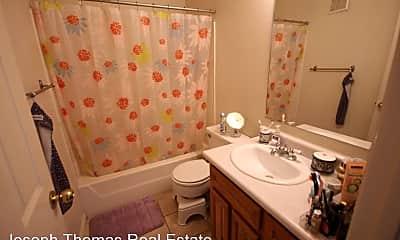 Bathroom, 655 E 600 N, 2