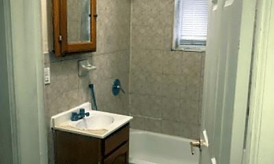 Bathroom, 701 29th St, 1
