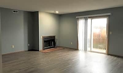 Living Room, 3003 Lisa Dr, 1