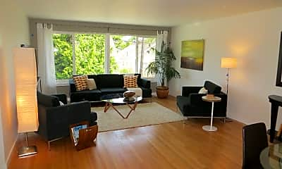 Living Room, 351 NW 80th St, 0