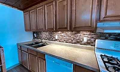 Kitchen, 501 Irwin St, 2