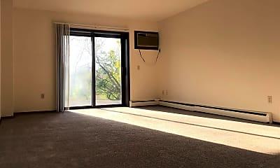 Living Room, 2413 Chalet Gardens Ct, 1