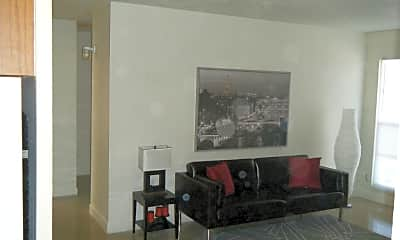 Living Room, 1470 E McDonald Ave, 1
