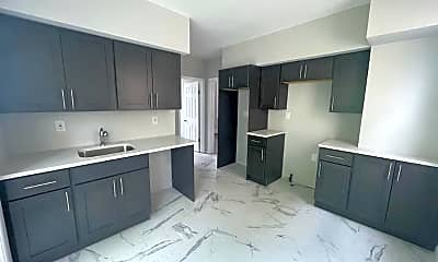 Kitchen, 132 Franklin Ave, 1