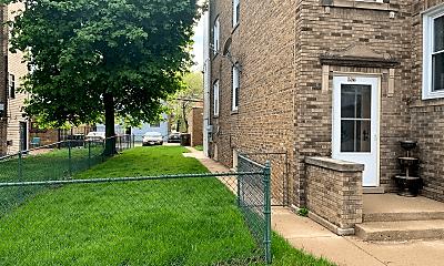 Building, 8922 Skokie Blvd, 2