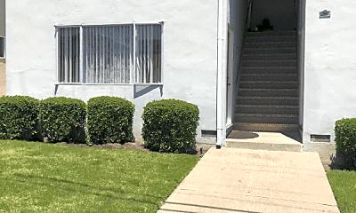 Building, 88 Linden Ave, 2