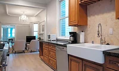 Kitchen, 823 Fillmore St, 1
