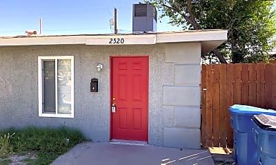 Building, 2520 N Salt Lake St, 1