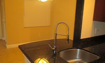 Kitchen, 2810 N Oakland Forest Dr, 1