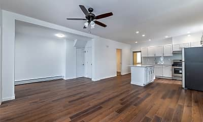 Living Room, 114 W Chester St MAIN, 1