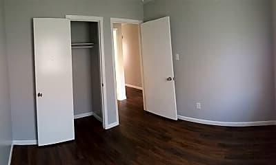 Bedroom, 406 Manuel Dr, 2