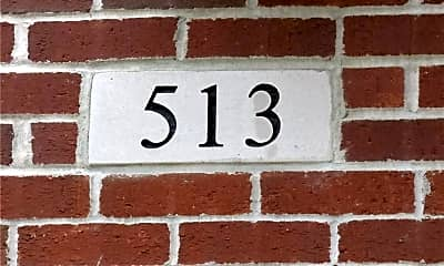 Community Signage, 513 N Park Ave, 1