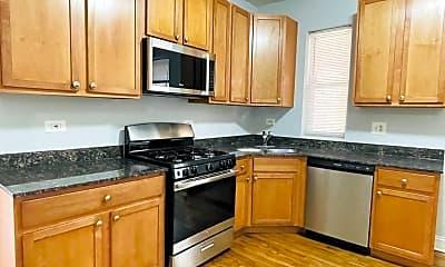 Kitchen, 7320 N Damen Ave., 1