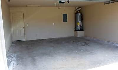 Living Room, 305 Copper Oaks Dr, 2