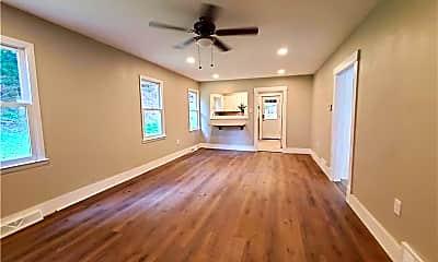 Bedroom, 517 Washington St, 1