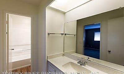 Bathroom, 5151 Robinwood Road, 2
