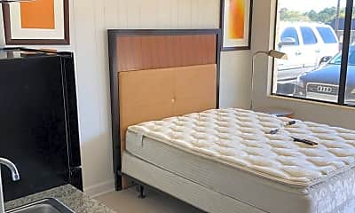 Bedroom, 1300 S Lee Hwy, 0