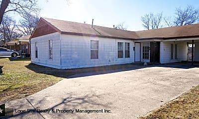 Building, 910 Williamson Dr, 0