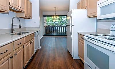 Kitchen, 2124 Pauline Blvd, 1