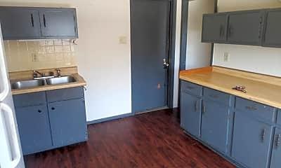 Kitchen, 1136 Geele Ave, 1