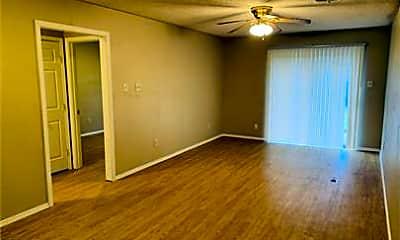 Living Room, 140 Jennifer Ln, 0