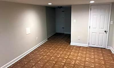 Bedroom, 3415 Ravenwood Ave, 2