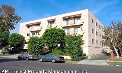 Building, 14133 Sylvan St, 0