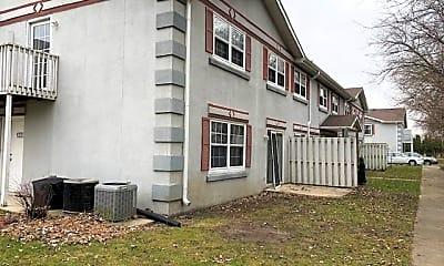 Building, 1320 Green Meadow Ln 1320, 0
