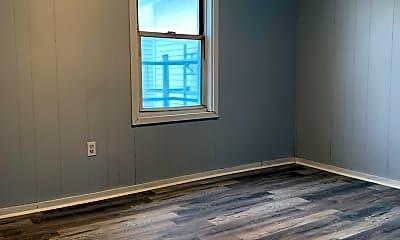 Living Room, 189 Franklin St, 1