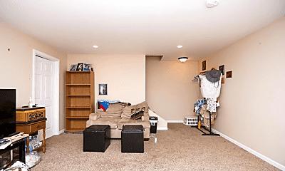 Living Room, 3051 Wayne Ave, 2