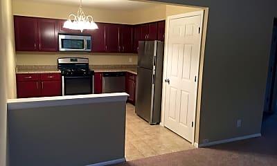 Kitchen, 1223 Woodridge Dr, 1
